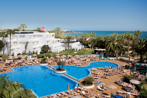 Family pool at the ClubHotel Riu Paraiso Lanzarote Resort