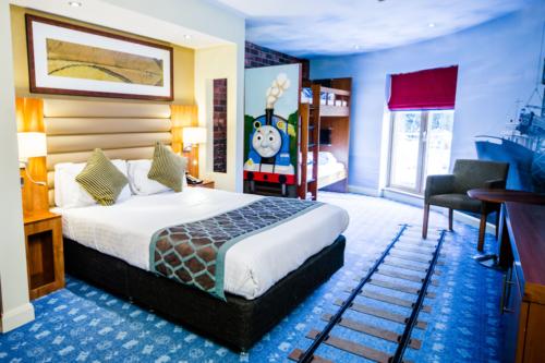 A Thomas-themed room at Drayton Manor hotel