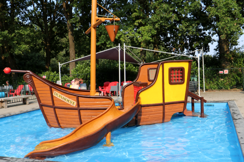 toddler pool at Duinhoeve Holiday Park in Holland