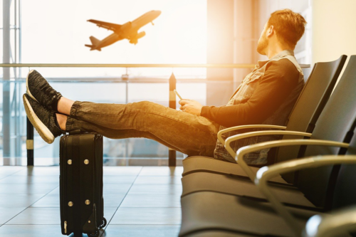 The 9 top tips to finding cheap flights for you and your family
