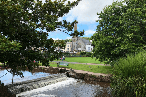 The river and church at Dawlish in Devon