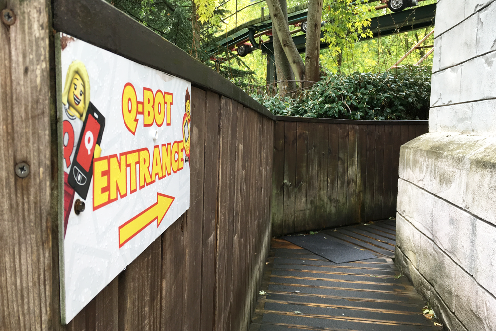 How to beat the queues at LEGOLAND Windsor Resort with the Q-Bot Ride Reservation System