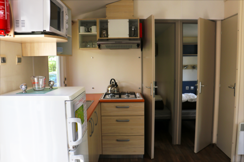 The kitchen of our Eurocamp mobile home in Corsica