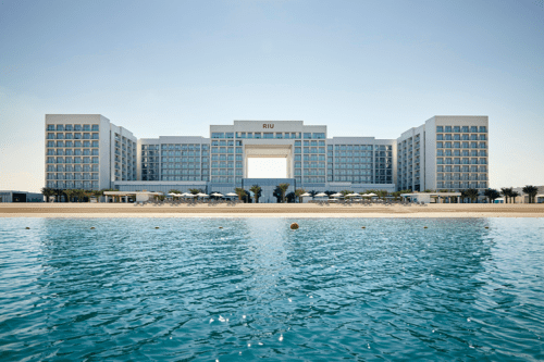 Big, family, all-inclusive hotel with water park opens in Dubai
