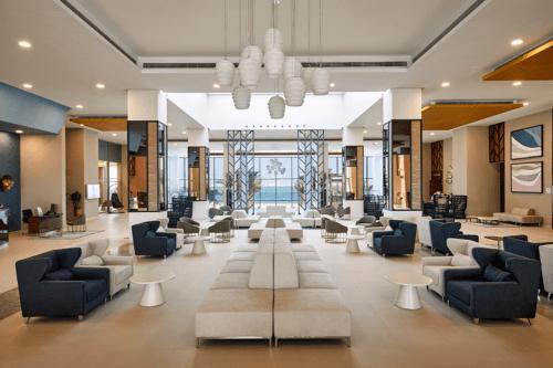The lobby at Hotel Riu Dubai