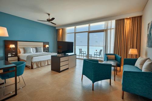 A Riu Dubai suite