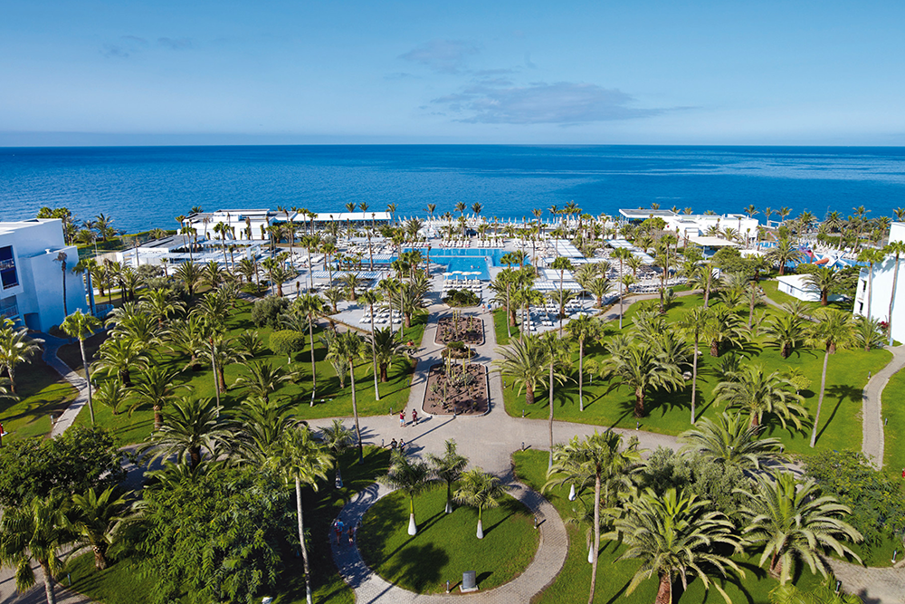 We review an all-inclusive hotel in Gran Canaria