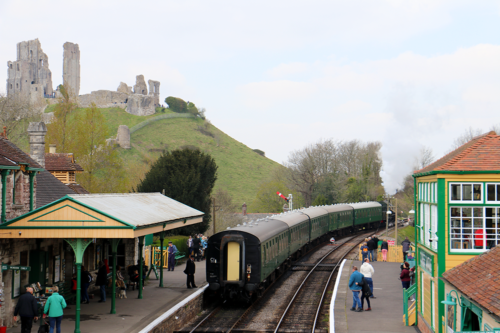 The steam train at Corfe Castle