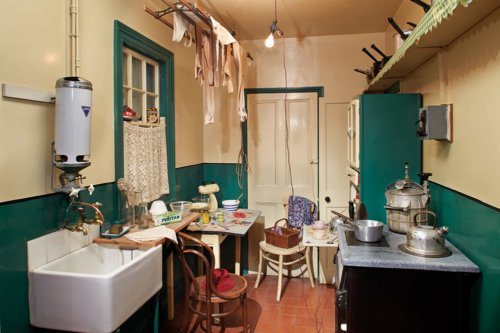 A kitchen from the 1940s